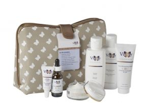 Vivier's Wrinkle Relief Kit is the ideal program for aging skin with visible fine lines and wrinkles, sagging skin and deepened expression lines. The Wrinkle Relief System contains full sizes of the following products: Foaming Cleanser, Refreshing Toner, Firming Eye Contour Cream, C+E High Potency Sērum, Daily Moisturizing Cream, Sunscreen Lotion SPF30 (formerly Daily Moisturizing Shield SPF 30) packaged in an elegant cosmetic bag.