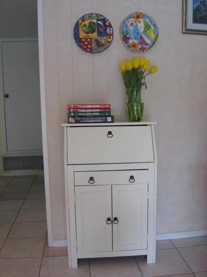 Secretary Desks For Small Spaces Part - 32: Secretary Desk