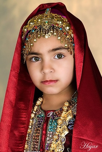 73 Best Traditional Clothing - Oman Images On Pinterest | Culture Middle East And Faces