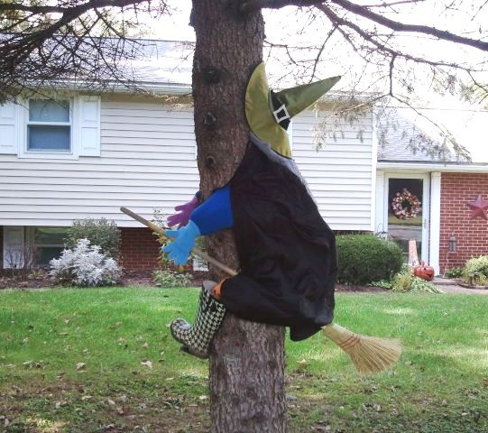 how to make witch crashing into tree