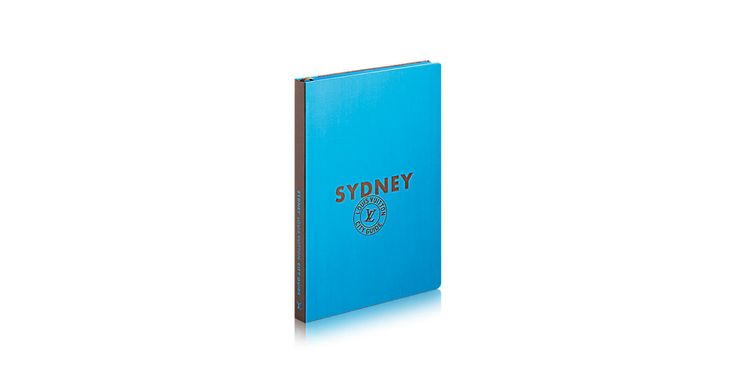 Louis Vuitton's City Guides share the Maison's unique take on the world, with a selection of addresses chosen with originality and a touch of bias. Featuring exclusive photographs by the Tendance Floue collective, this new edition of the Sydney guide takes you to the most cosmopolitan city to live in.