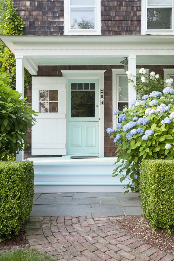 Best 20 green exterior paints ideas on pinterest house - Green exterior paint color schemes ...