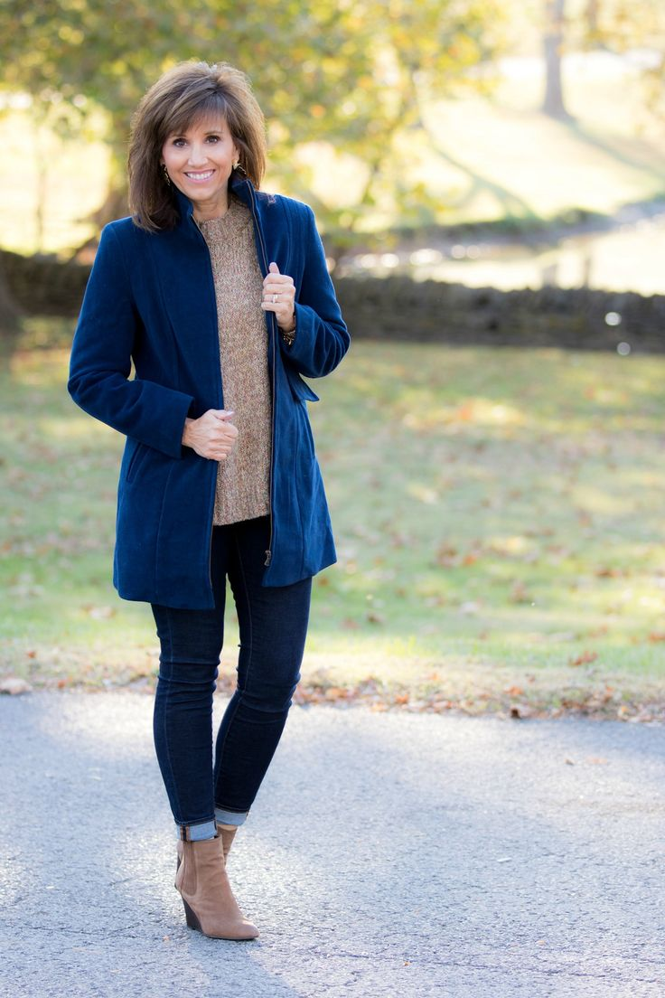 HOW TO STYLE A ZIP FRONT STADIUM JACKET