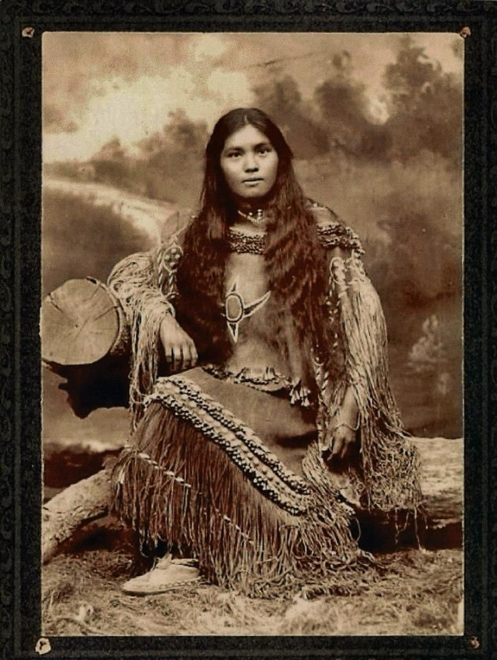 """Chestuen """"Elsie Vance Chestuen"""" Chihenne Apache. Born 1873 [location unknown]. Daughter of [father unknown] and Dilth-cley-ih Chihenne Apache. Sister of Frank Mangus, [spouse(s) unknown] [children unknown]. Died 1898 in Fort Sill, Lawton, Oklahoma, United States."""