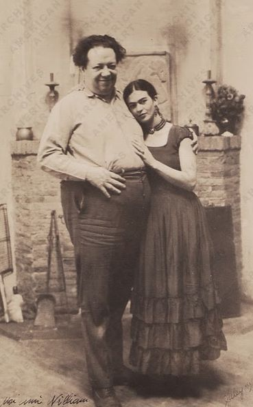 """. : Frida y Diego : . """"Ha habido dos grandes accidentes en mi vida. Uno de ellos era el carro , y el otro era Diego . Diego fue de lejos la peor . """" . : Frida Kahlo : ."""