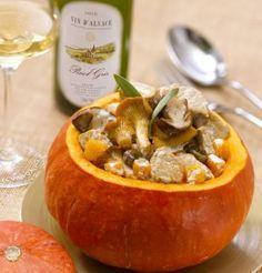 Potiron farci au veau et aux champignons, sauce crémeuse au Pinot Gris d'Alsace / Potiron stuffed to the veal and to the mushrooms