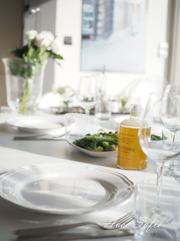 Pin by laura olivia on entertaining parties pinterest for Table 52 sunday brunch