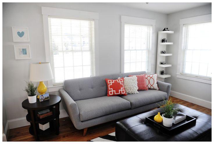 Benjamin Moore Horizon - living room
