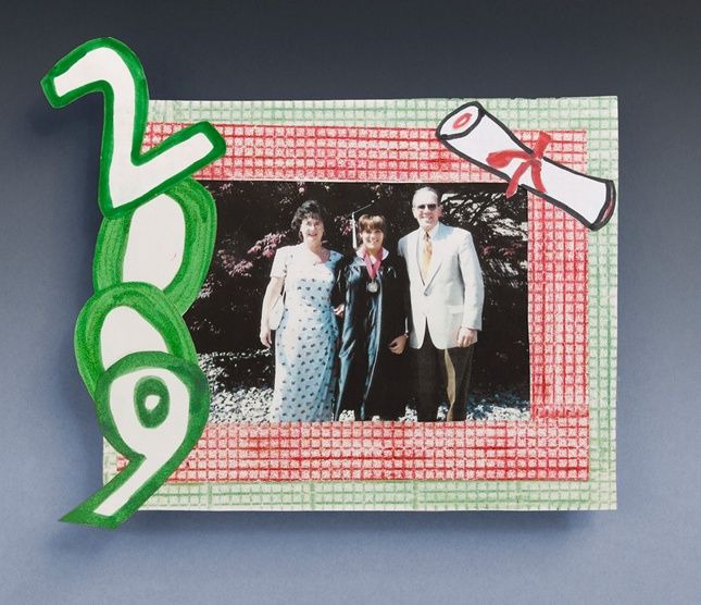 Preserve graduation memories with a handmade photo frame. These are so easy, you can make frames for the whole class of graduates!