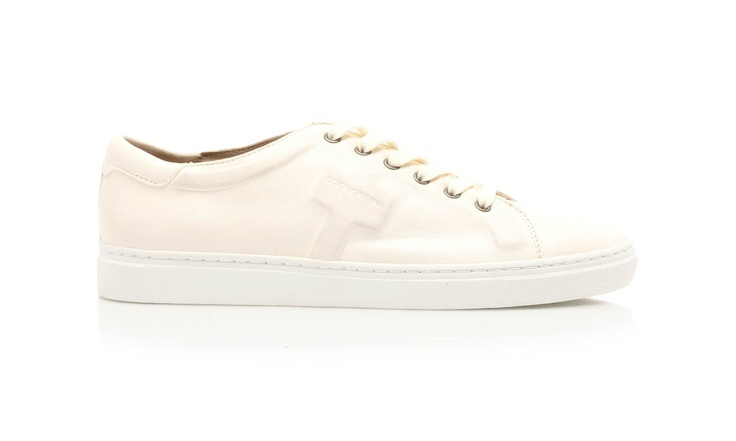 Leather lace-up sneakers with rubber sole. Tone-on-tone finishes for these classical sport shoes by @Dolce & Gabbana