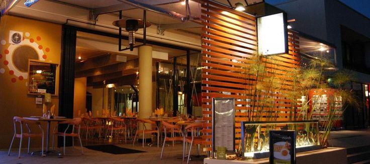 Refreshing thai terrace for tropical exterior powerful for Exterior restaurant design ideas