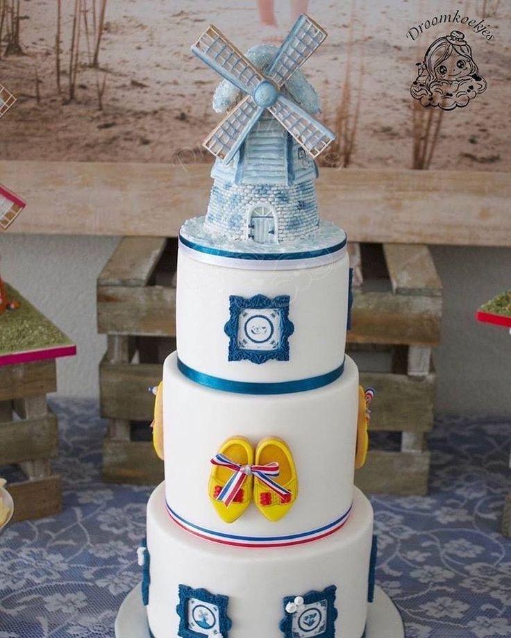 Windmill birthday cake/ windmolen taart / klompen / delftsblauw
