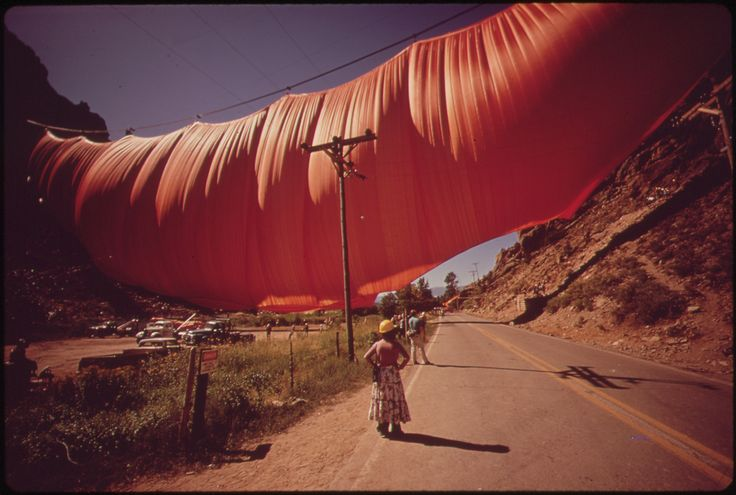 Christo and Jeanne-Claude - Wikipedia, the free encyclopedia