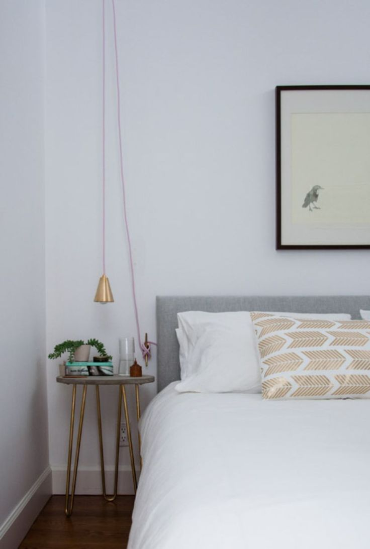 awesome 67 Minimalist Bedside Table Lamps Ideas to Makes Your Room Cozier  https://about-ruth.com/2017/09/29/67-minimalist-bedside-table-lamps-ideas-makes-room-cozier/