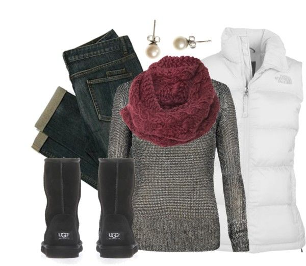What a perfect outfit to wear with your UGG Classic Short black boots!