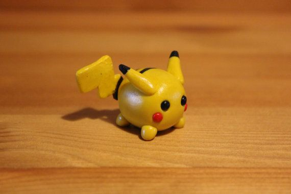 Polymer Clay Pikachu......I tried making one before and it turned out horrible....glad I found this tutorial!