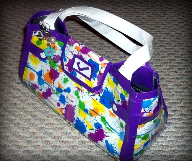 DIY DUCT TAPE PURSES Next craft day ladies?