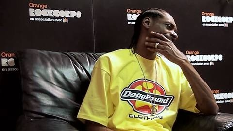 Snoop Dogg drinking pastis