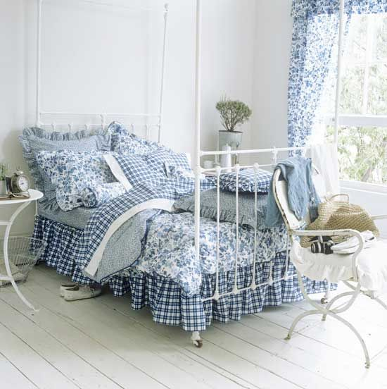 LOVE this blue and white country bedroom...