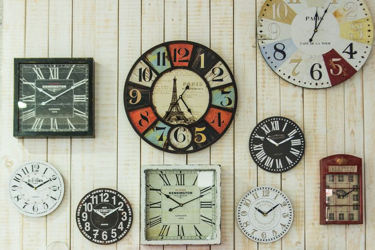 Ceasuri de diferite forme si teme. DecoDepot. Brasov. Clocks. Thematic. Wood. Metal. Decoratives.