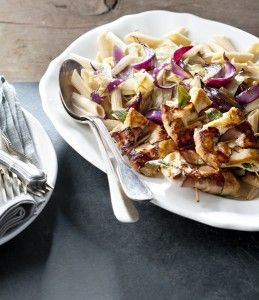 http://www.deliciousmagazine.nl/2014/01/10/pasta-witlof-rode-uiensaus-saltimbocca/