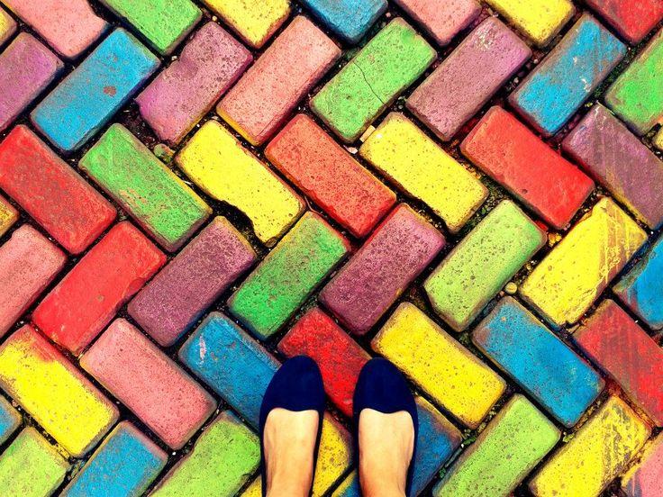 Amsterdam, colourful feet