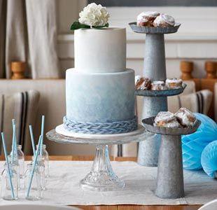sky blue ombre cake?!  whoa.  so pretty.