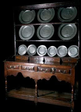 Welsh Dresser /  Reminds me of the 'pewter cupboard' i didn't buy back in the day ;-/  ...