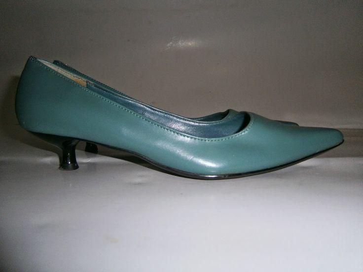 """VINTAGE DRESS-UP""                                                 HAINE DE FIRMA, HAINE DE DAMA: Pantofi Liberta, verde turcoaz"