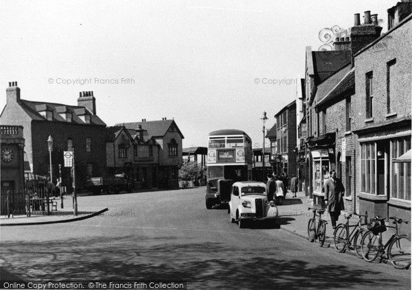 Rainham,The Broadway c.1950, from Francis Frith