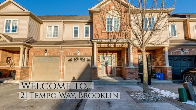 Beautiful Townhome Is Located In Desirable Brooklin With A Private And Scenic Backyard Large Entertainers Deck Wit Entertaining Deck House Styles Open Concept