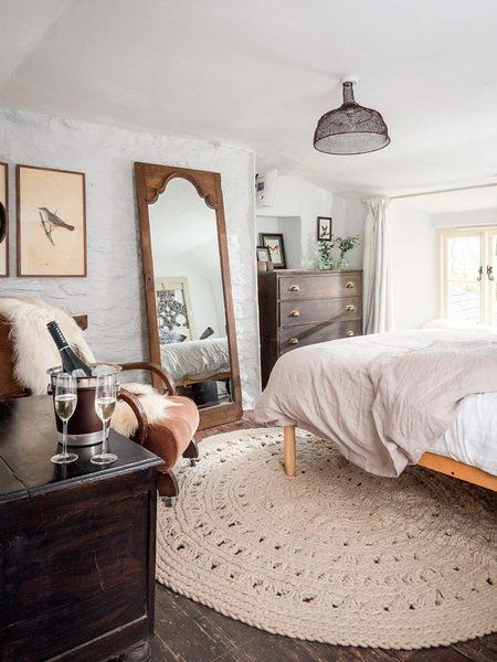 Esta casa de campo tipo cottage está decorada para una vida placentera. Pero si tu día a día no tienes esta magia, aquí tienes buenas noticias: puedes alquilar