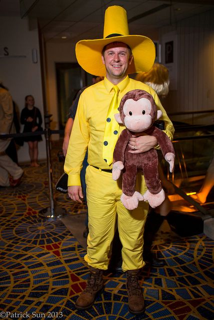 Man in the Yellow Hat | Dragon*Con 2013. View more EPIC cosplay at http://pinterest.com/SuburbanFandom/cosplay/...