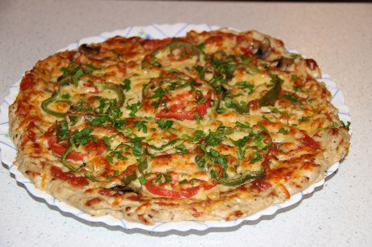 A proper dinner: chicken pizza without flour!