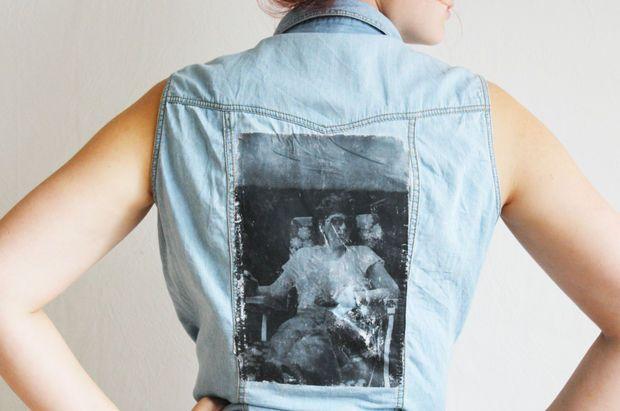 Určite sa vo vašej skrini nájde aspoň jedno tričko s potlačou, ktoré veľmi radi nosíte. Buď je na ňom nejaká fotografia, obrázok, alebo tvár speváka z kapely. Moje tričko s Cobainom si so mnou čo-to už veru prežilo a nikdy by som ho asi nevyhodila. Viažu sa k nemu totiž spomienky a zážitky. Ak si …