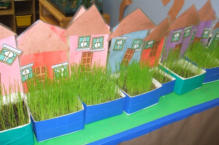 "Creative Art Preschool: RECYCLED CARTON NEIGHBORHOOD, ""GRASS"" HOUSES"