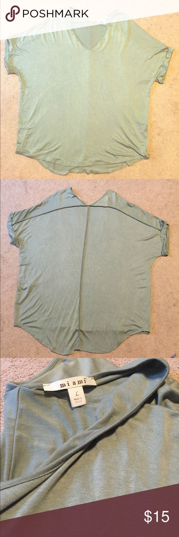 Francesca's: light green short sleeve top Never been worn, very soft, flowy top! Great condition. Francesca's Collections Tops Tees - Short Sleeve