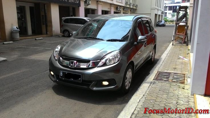 Honda Mobilio E CVT AT 2014   bln 11 Km12rb Antik Record. Airbags.  AC Double. ECO. Electric Mirror. Foglamp.  Sarungjok. Talangair. KF 3M.   Harga Termurah di : TR 157JT  Hubungi Team FOCUS Motor:  (Chatting/Message not recommended )  Regina 0888.8019.102 Kenny 08381.6161.616 Jimmy 08155.1990.66 Rudy 08128.8828.89 Subur 08128.696308 Rendy 08128.1812.926