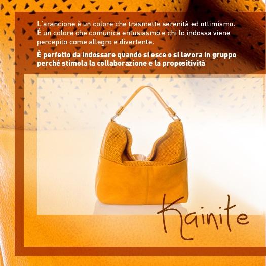 Per una sferzata di ottimismo alla vostra giornata, indossate una borsa arancione! http://www.caleidostore.it/it/borse-medie/84-kainite-media.html