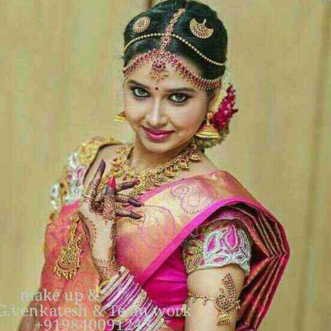 Get the Best Wedding Makeup in Chennai and Wedding Makeup in Chennai. We specialize in offering the professional & experienced make up artists.
