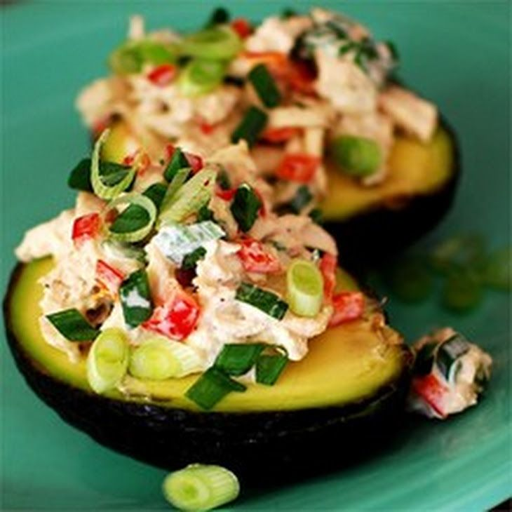 Avocado and Tuna Tapas Recipe Appetizers with tuna packed in water, mayonaise, green onions, red bell pepper, balsamic vinegar, black pepper, garlic salt, avocado