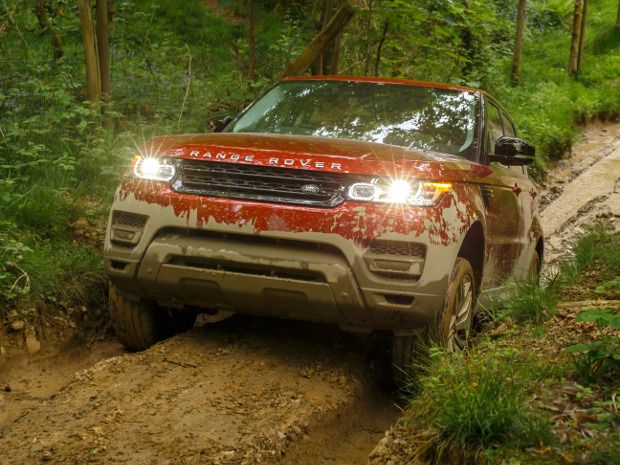 The new Range Rover Sport retains its off-road prowess, but is also better at clipping apexes. #cars