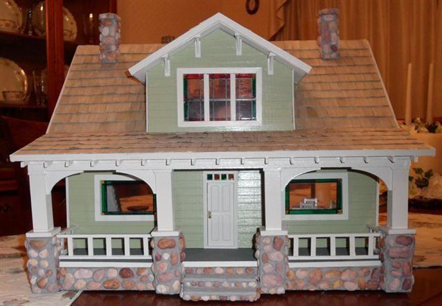 scale bungalow dollhouses