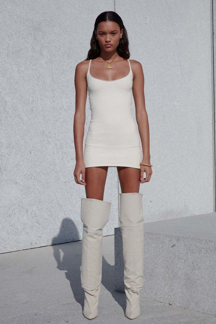 Yeezy Spring 2017 Ready-to-Wear Fashion Show - Lameka Fox - New York Fashion Week Spring Summer 2017 - Bxy Frey