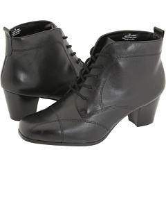 Just ordered these, yay. David Tate.   Zappos is the best online shoe store!