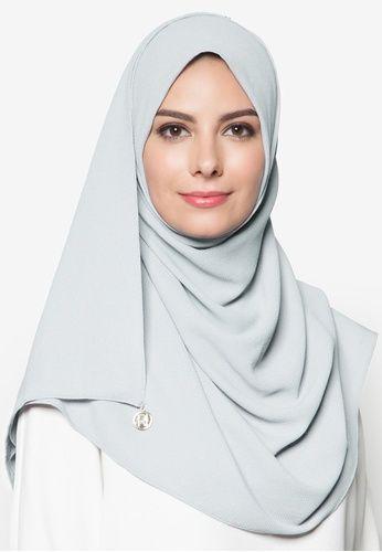Ratu Instant Hijab from Rizalman Headscarf in blue
