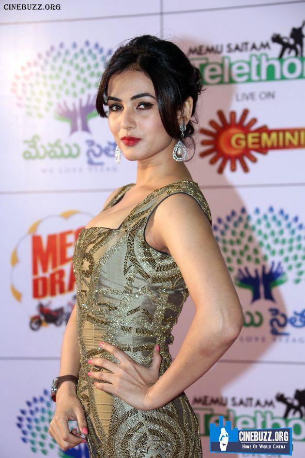 Sonal Chauhan New Hot Stills