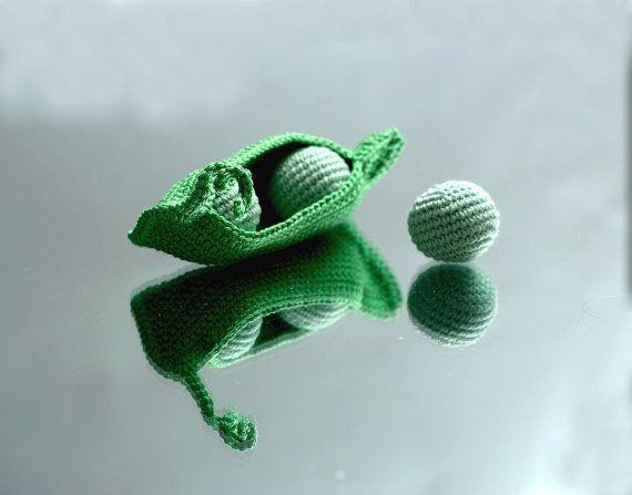 Gousse de pois avec 3 peasbigger bonneterie par YarnBallStories