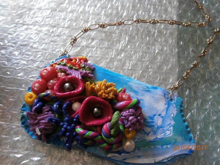 Un'ISOLA sperduta nel Pacifico. Collana in argilla polimerica. Colori del mare di PaTrieste su Etsy