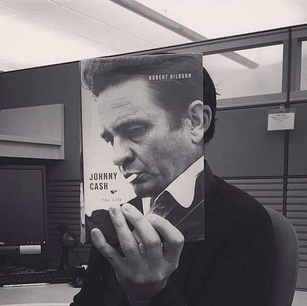 Обложка книги, дополненная тобой
